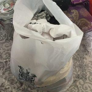 Women's size 6-8 (medium to large) bag!!